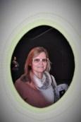 """Hedi Grager bei der Eröffnung von Erwin Wurm's: """"Fußballgroßer Tonklumpen auf hellblauem Autodach"""" im Grazer Kunsthaus (Foto Reinhard Sudy)"""