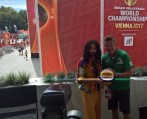 Beachtvolleyball WM 2017 in Wien: Conchita mit Organisator Hannes Jagerhofer (Foto Hedi Grager)
