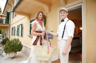 Fashionista Elisabeth Böck - Lillet-Picknick im Aiola im Schloss St. Veit (Foto Sarah Raiser)