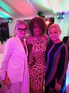 CINÉMOI 'STARS UNITED FOR GOOD' GALA in Cannes - Journalist&Publisher Hedi Grager, actress Beverly Todd and Susanne Baumann-Cox - The Good Gin (Photo privat)