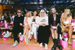 Marina Hoermanseder Show während der Berlin Fashion Week - Dawid Tomaszewski, Gitta Banko, Laura Wontorra, David Jakobs (Foto Paul Aden Perry)