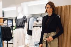 Model Eva Padberg begeisterte als DJ bei der Eröffnung des H&M Flagship Stores (Foto H&M)