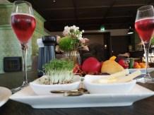 Köstlichkeiten zum Frühstück im Gästehaus Krenn in Pürgg. (Foto Hedi Grager)