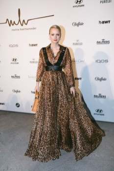 Designerin Marina Hoermanseder präsentierte während der Berliner Fashion Week ihre Autumn/Winter Kollektion 20/21: Model Franziska Knuppe. (Foto Paul Aidan Perry)