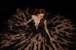 """Barbara Meiertrug am Opernball eine feenhafte Ballrobe aus Eva Poleschinskis aktueller Kollektion """"Wonderland Magic"""". (Foto Doris Himmelbauer)"""