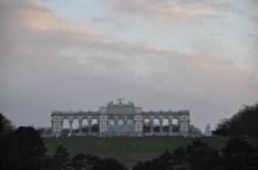 Blick vom Schloss Schönbrunn auf die Gloriette. (Foto Reinhard Sudy)