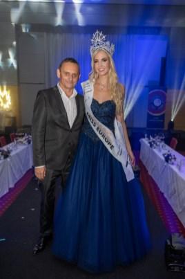 MISS EUROPE Wahl 2021 - Gewinnerin Miss Vienna und Model Beatrice Körmer. Im Bild mit Unternehmer und Lebenspartner Heimo Turin. (Foto Helmut Tremmel)