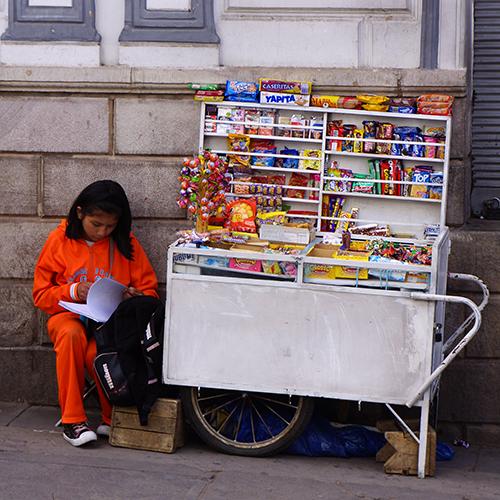 Sucre Bolivie - Marchande de bonbons