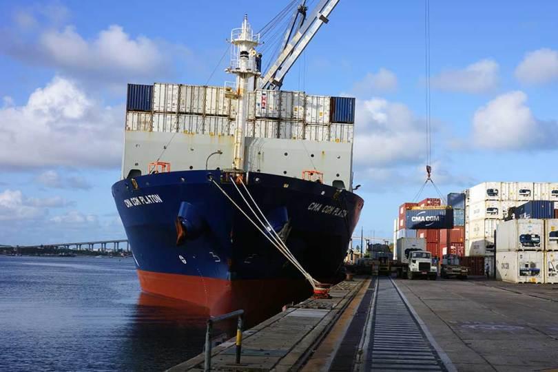 Cargo CMA-CGM Platon à Natal