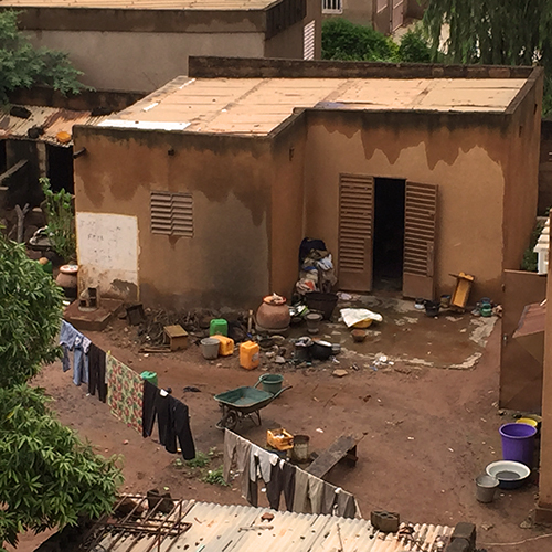 Ouagdougou Cour De Maison