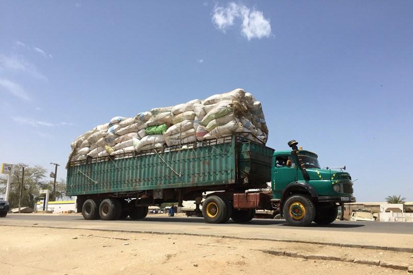 Camion à la frontière mauritano-sénégalaise