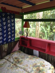 Bamboo Hut Full Bed Hawaii