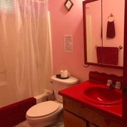 Eco Hawaii lodging bathroom cabin hostel