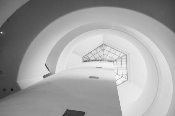 New York: Het Guggenheim museum is een architectonisch hoogstandje met het 'slakkenhuis' dat zich omhoog krult. Zeker een bezoek waard.