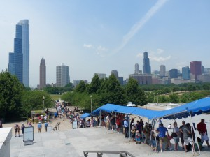 Long lines at the Shedd Aquarium during the weekends