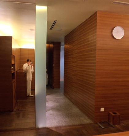 Damai Spa female locker room keri