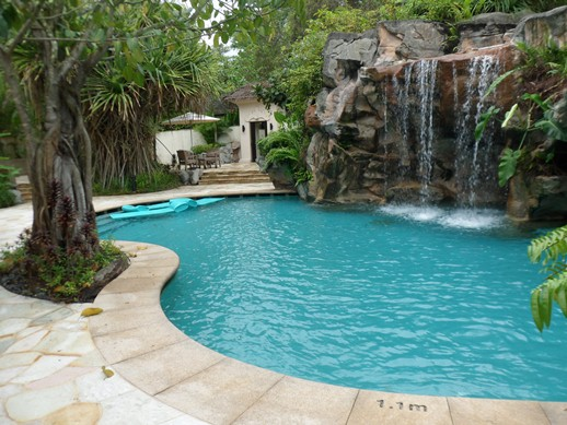 Spa Botanica waterfall pool