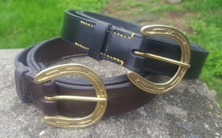 Horseshoe belts