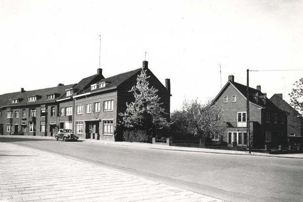 Bron: Rijckheyt.nl   Benzenraderweg, Aarveld
