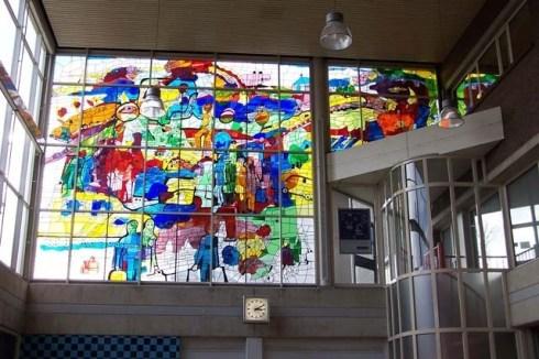 Bron: Henk Koster | Glas-in-lood in de aankomsthal van het station in Heerlen