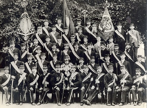 Bron: Martin van der Weerden   Heerlen Stadsschutterij anno 1895