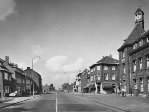 Bron: Rijckheyt.nl | Heerlerbaan straat ca. 1958