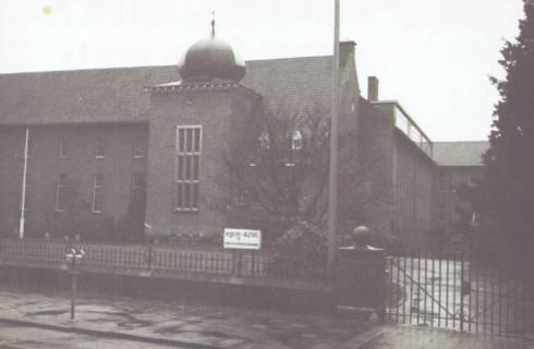 Bron: Rijckheyt.nl | Akerstraat (februari 1979). Gebouw van het Algemeen Mijnwerkers Fonds.