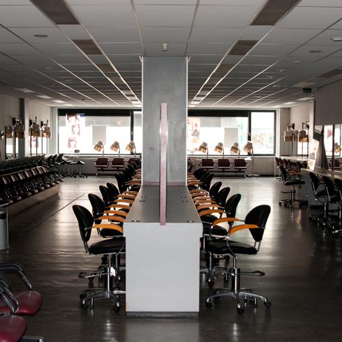 Bron: Ramon van Opdorp | De etage van de voormalig kappersopleiding anno 2012