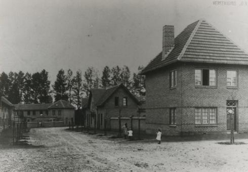 Bron: Rijckheyt.nl | Woningen op de Heerlerbaan. Gebouwd ca. 1920. Ontworpen door architect Jan Stuyt.