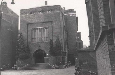 Bron: Rijckheyt.nl | Klompstraat. (Oude) Stadsschouwburg annex bioscoop.