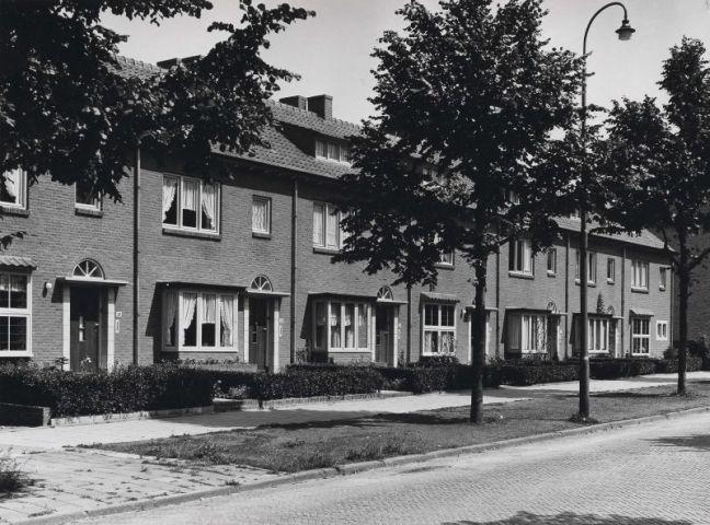 Bron: Rijckheyt.nl | Burgemeester Waszinkstraat (1954)