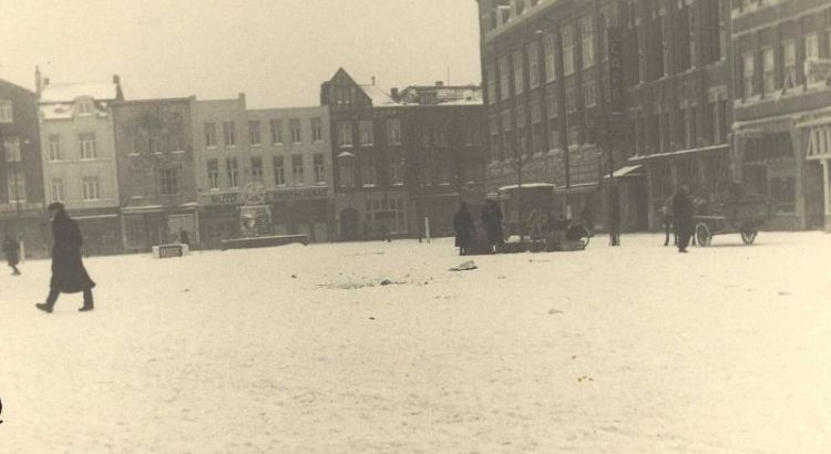 Bron: Rijckheyt.nl | Bongerd. Op de achtergrond de Saroleastraat (1942)