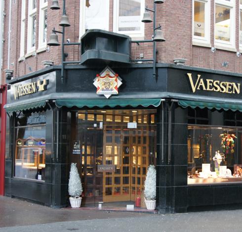 Bron: Heerlen Vertelt   Vaessen Juweliers anno 2013