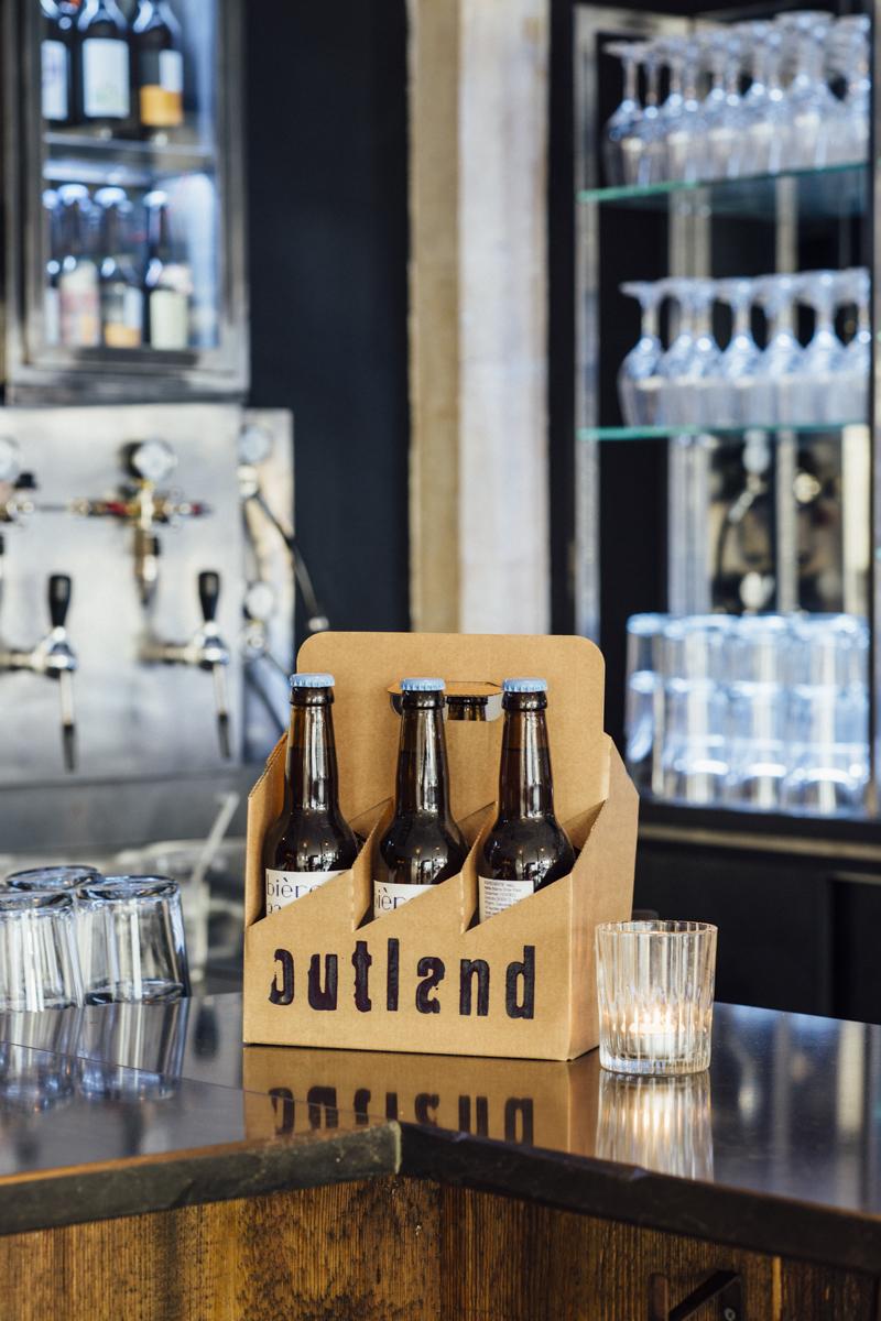 Bar Outland