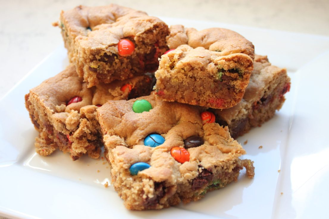 M&M peanut butter bars