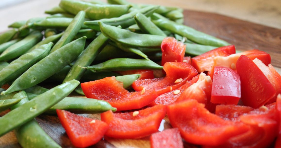 snap peas and bell pepper