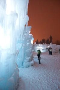 Ice Castles at Silverthorne gazing