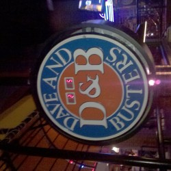 Dave & Busters sign