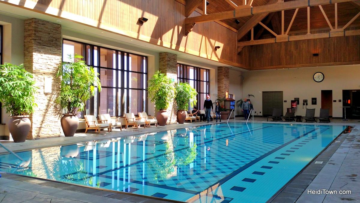 Ameristar Casino Resort rooftop pool. HeidiTown.com