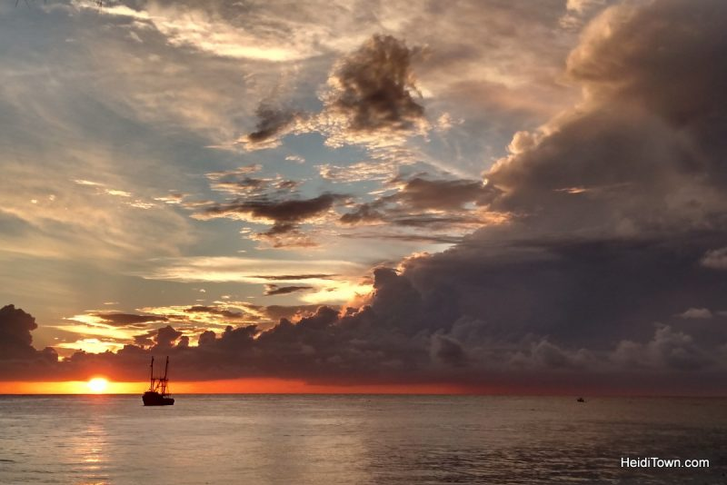 11-things-you-should-know-before-visiting-cozumel-mexico-sunsets