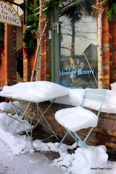 Surprise! You Can Afford to Shop in Aspen, Colorado. Mountain Flowers. HeidiTown.com