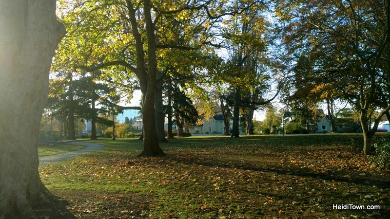 A Visit to Bellingham, Washington, the Mayor's Homeland. Elizabeth Park HeidiTown.com