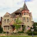 A Lavishly Masculine Bed & Breakfast in Cheyenne, Wyoming (4)