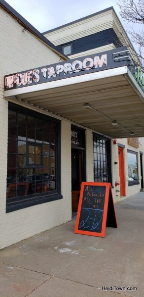 A Visit to Kearney Nebraska Steak, Sandhill Cranes & Vinyl. HeidiTown (13)