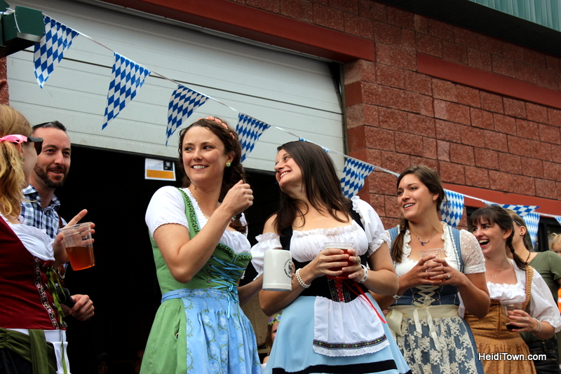 HeidiTown Loves Craft Beer & Grimm Brothers Brewhouse 3 Loveland Oktoberfest 2017