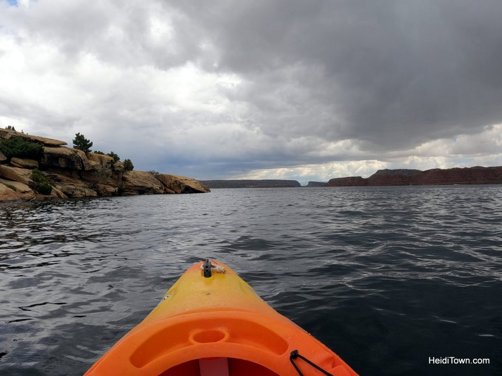 Kayak Fremont Canyon with Alcova Resort in Wyoming