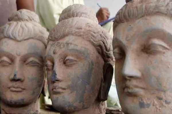 Smuggled Buddha unique sculpture United States returned to Pakistan,