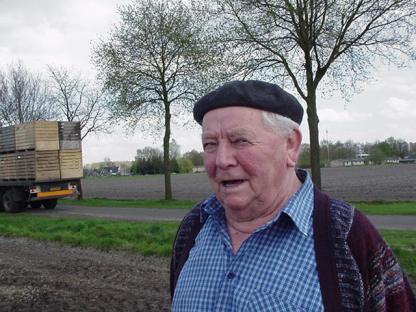 Jan Cardinaal (zwager van de eigenaar Sjaak Verduijn) komt ook eens kijken