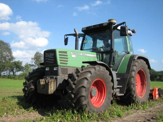 Fendt Favorit 511 c , 115pk