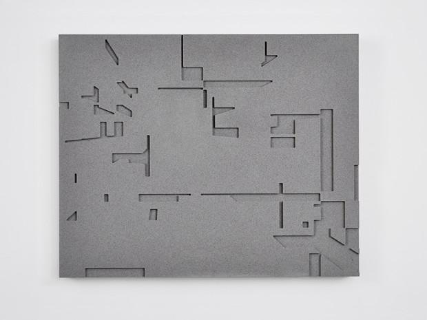 HZ, o.T., 2013, Beton, gefräst, 47 x 58 cm